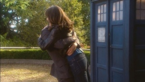 Ten_sarah_jane_bear_hug