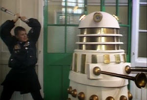 doctor-who-remembrance-of-the-daleks-ace-and-dalek
